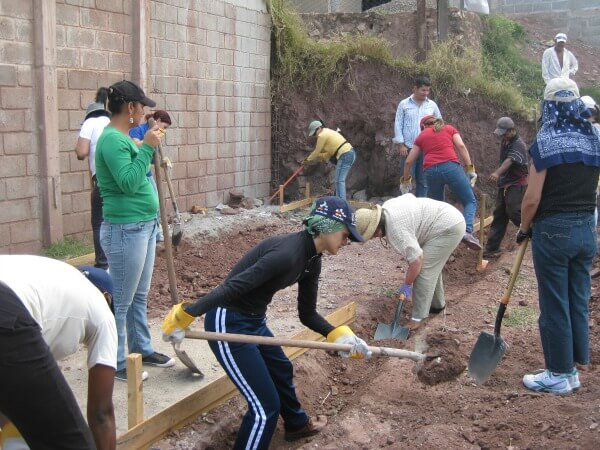 expectations when volunteering abroad