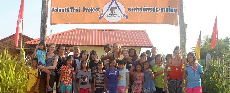 volunteer opportunities abroad holiday thailand school teach english agriculture healthcare music arts craft